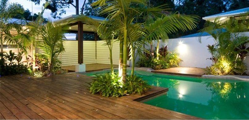 Deck para piscina em atibaia